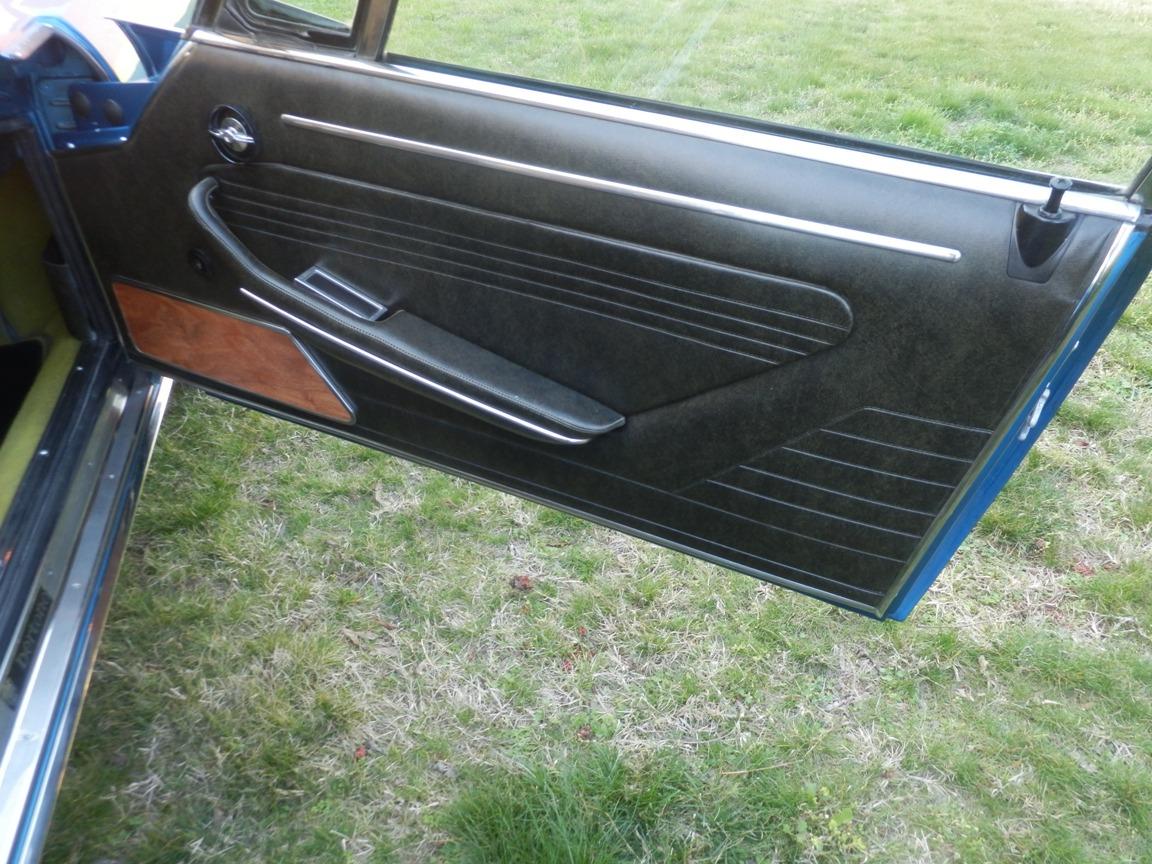 Fiat Dino 2400 blue metallic original