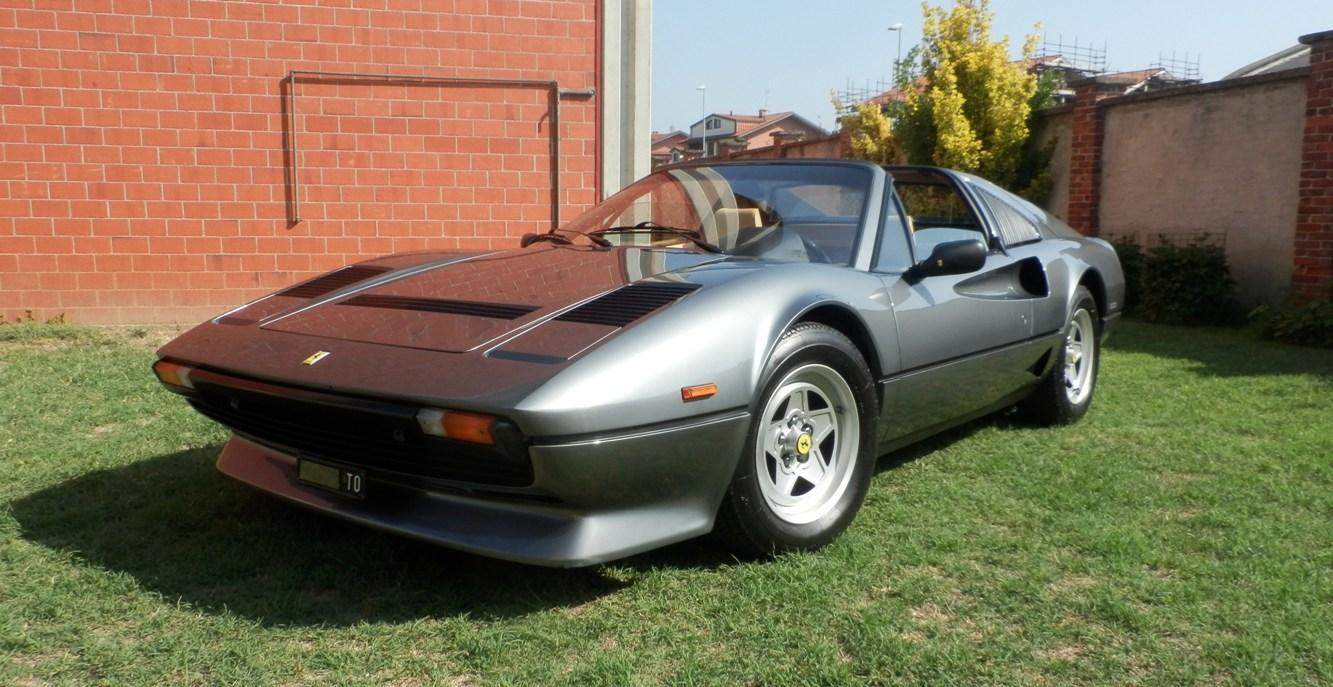 Ferrari 208 gts turbo SOLD Italia